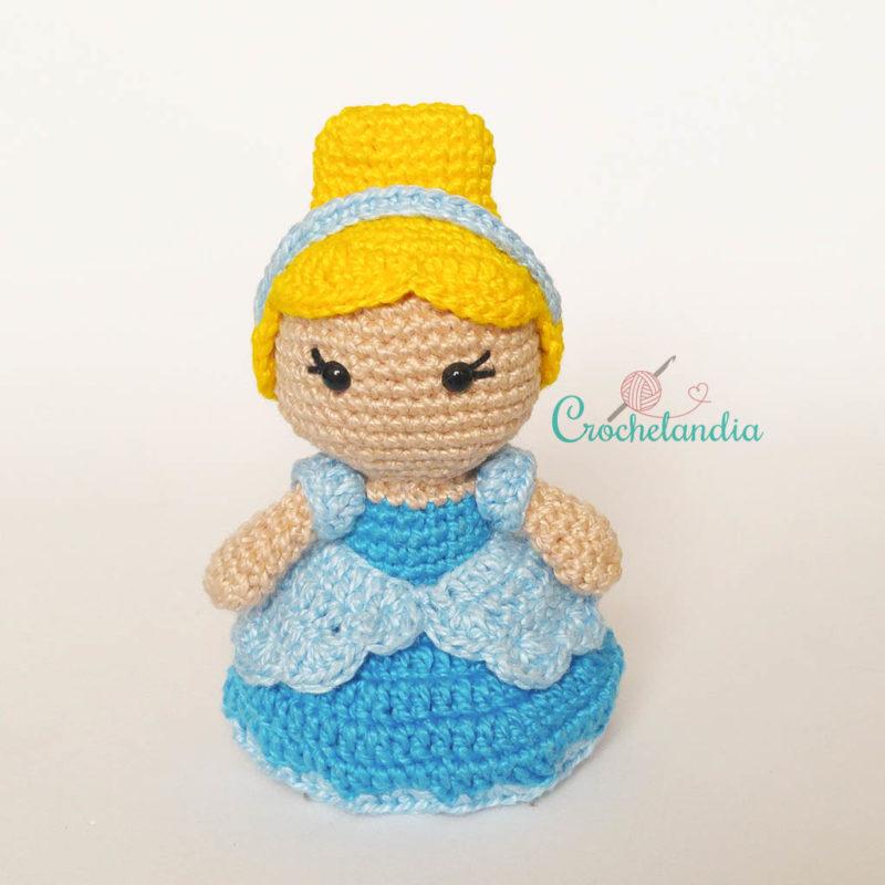 Toy Art Amigurumi Cinderela