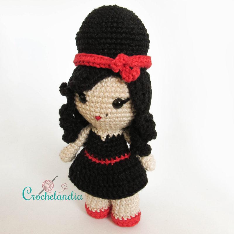 Toy Art Amigurumi Amy Winehouse