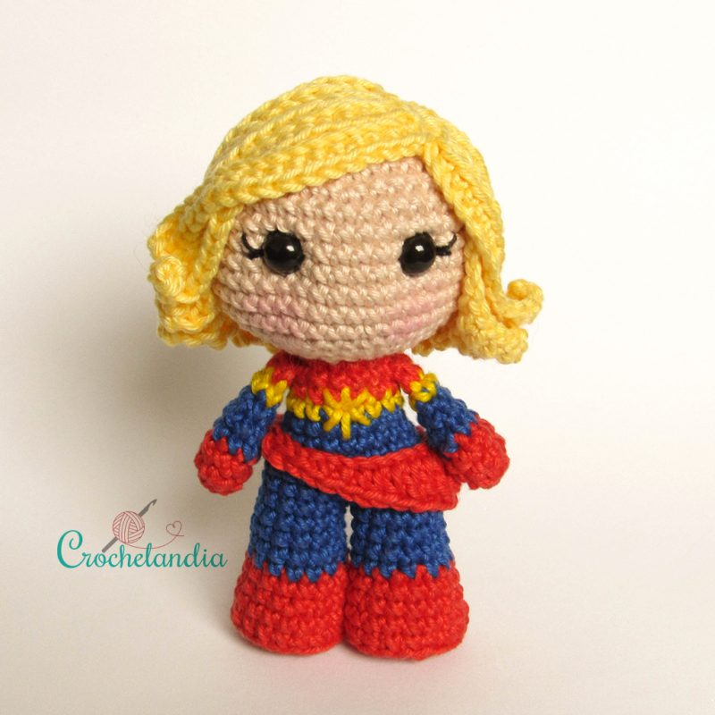 Toy Art Amigurumi Capitã Marvel - by Crochelandia